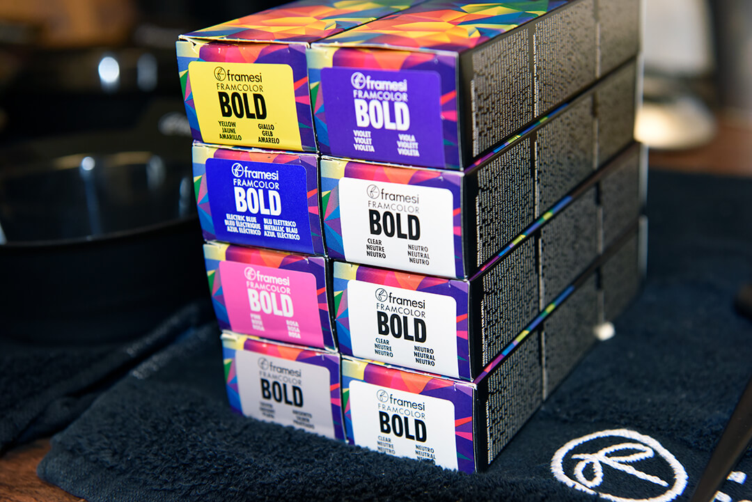 Holographic Hair Color - FRAMCOLOR BOLD