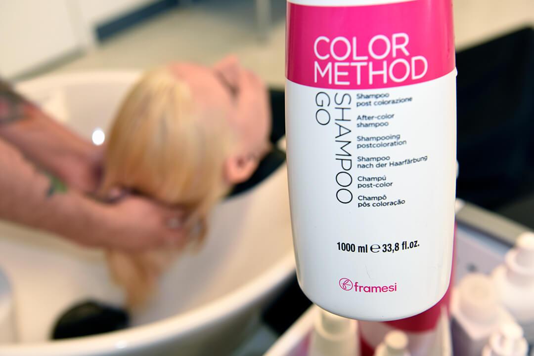 Holographic Hair Color - framesi COLOR METHOD Shampoo Go